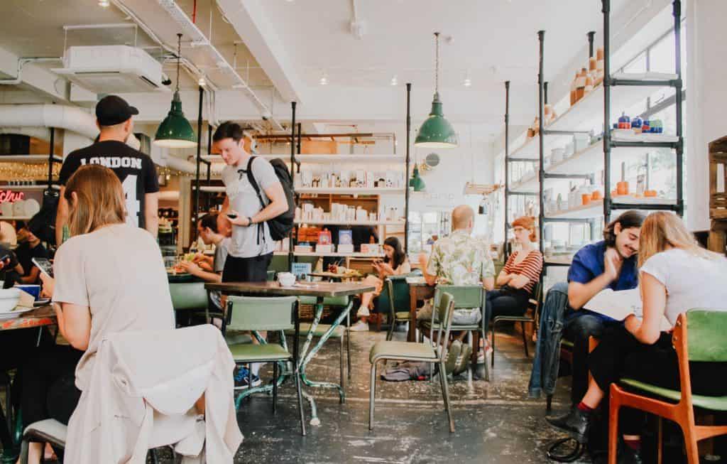 Social Business: Was machen soziale UnternehmerInnen?